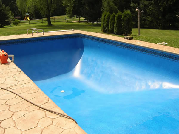 Bucks county pa swimming pool repair and liner replacement for Vinyl swimming pool